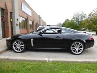 2007 Jaguar XK XKR -- SUPERCHARGED -- 420 H.P MONSTER -- CANADIA