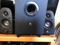 Logitech 2+1 speakers