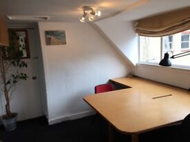Peaceful two person office in central Brighton near North Laine, ideal for design/Media/writer