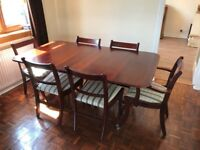 Beautiful, excellent condition Mahogany 6-8 classical dining table and chairs