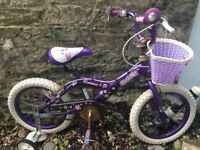 Girls bike - suitable 5/6/7 year old