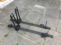 Bike rack for sale - Halfords - attaches to roof rails