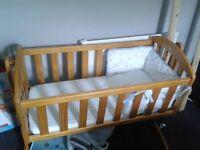 Babies crib and mattress