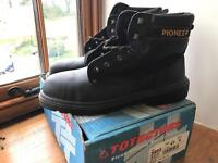 Brand new men's steel toe cap leather safety/ work boots
