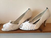 Ivory peep toe lace wedding bride bridesmaid shoes size 7