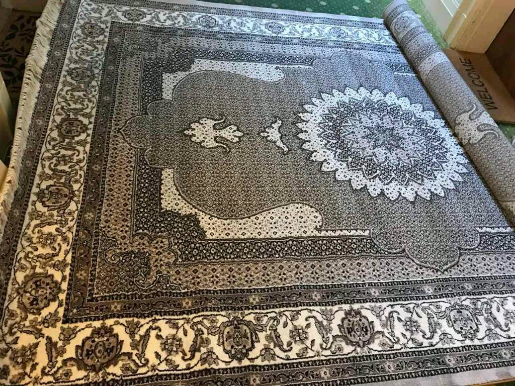 Large Oriental Rug Brand New Never Used