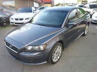 2006 Volvo S40 T5 A SR AWD/ ALLOYS/P.SUNROOF/LOW KMS!