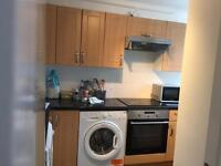 Single room in Roehampton £120 pw(bills inc)