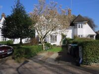 Unfurnished 2 bed terraced cottage in Wordsworth Walk NW11 at £495pw