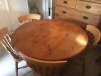Round solid pine dining table & 4 chairs