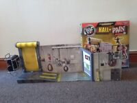 WWF Hall of Pain wrestling playset in very good condition. Jakks 2001.