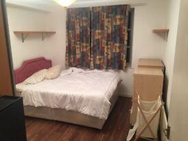 Double Bedroom in London Bridge