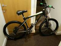 GT avalanche mountain bike with 26 wheel size and 19 inch frame size