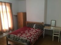 Room to let female student, professional near Birmingham city Centre