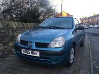 2005 Renault Clio 1.2 Drives Great Cheap To insure and Run