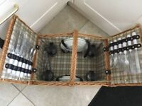 Basket Picnic Hamper with 4 Place Settings