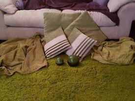 FURNISHINGS - Rug & Throws & Cushions & Domed Ornaments