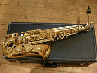 Jupiter 500 alto saxophone. Superb condition. All accessories. As New. Bargain 1/2 price (£800+RRP)