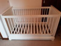 mamas and papas cotbed ivory good condition