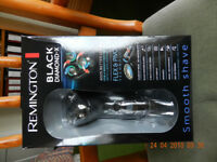 Remington Black Diamond-X shaver, with charger