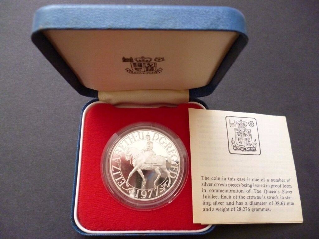 Royal Mint Silver Crown Proof Coin The Queens Silver Jubilee 6th February 1977