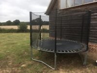 12 foot trampoline with new netting