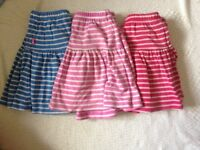 3 Lands End skorts (skirt lined with shorts) age 4-5yrs good condition