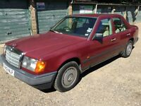 Mercedes 300D Diesel 2996cc Diesel Automatic 4 door saloon F Reg 1988 Red
