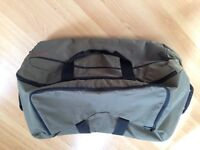 Very Large Samsonite Wheeled Suitcase Luggage Bag. Good condition.