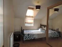 Very clean large double room available in Brixton with bill inclusive