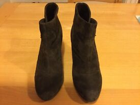 Ladies Marks and Spencer's brown suede ankle boots size 5
