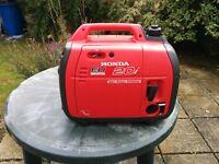 Honda EU20i Silent Suitcase Inverter Generator Hardly Used