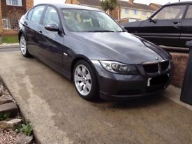 BMW 320d SE Auto, Grey, 2 Owners from new, Leather, i-Drive with Sat Nav - Great Condition
