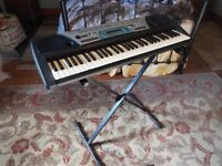 Yamaha PSR - 170 electric keyboard