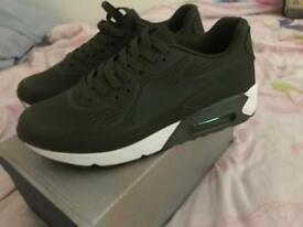 Mens AIR MAX style Trainers, SIZE 10 uk BRAND NEW