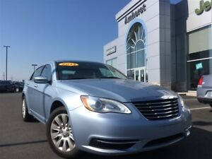 2013 Chrysler 200 LX 4 CYL ONLY $77* BI-WEEKLY