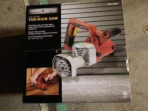 HOC  -  TOE KICK SAW CUTTING CABINETS + 30 DAY WARRANTY  + FREE SHIPPING