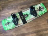Jobe conflict 142 wakeboard with Hyperlite Audio bindings size XL UK 11-12