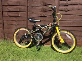 Boys magna bike , excellent condition