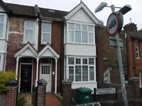 8 bedroom house in Hollingbury Crescent, Hollingdean
