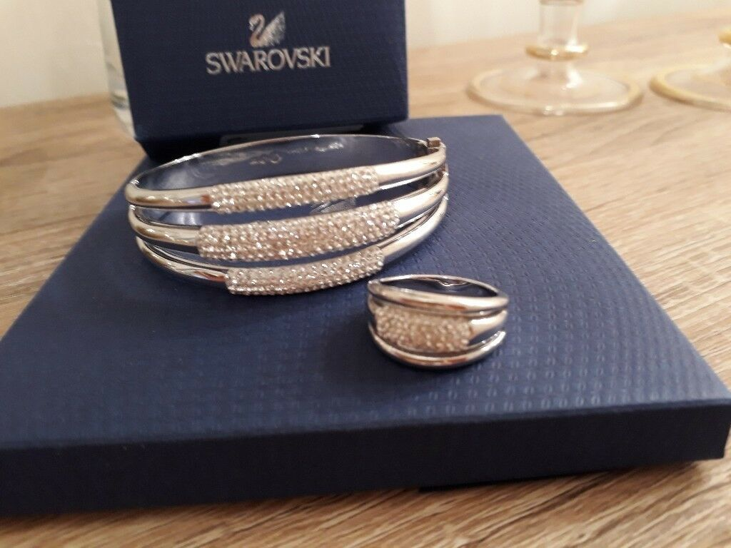 Swarovski ladies matching bangle and ring.new condition worn once