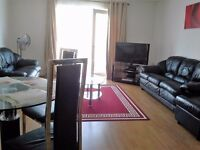 2 bedroom apartment with wi fi,close to westfield,sleeps 6