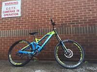Mondraker Summum 2016 Size Medium DH Downhill Bike Kona Specialized Nukeproof
