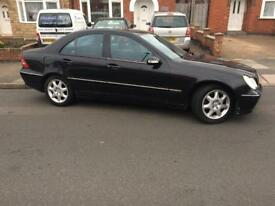 2003 MERCEDES C270 Cdi Avantgarde Se Automatic Diesel Full leather very good condition.