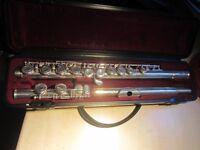 Yamaha Flute & rigid case + carry case; reduced price