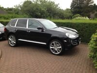 "Porsche Cayenne S 4.8 V8 Tiptronic,Black With Black Leather. 22"" Alloys."