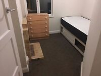3 Double Rooms in the same House - East London