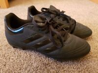 ADIDAS Size 3 Black Kids Football Boots for sale