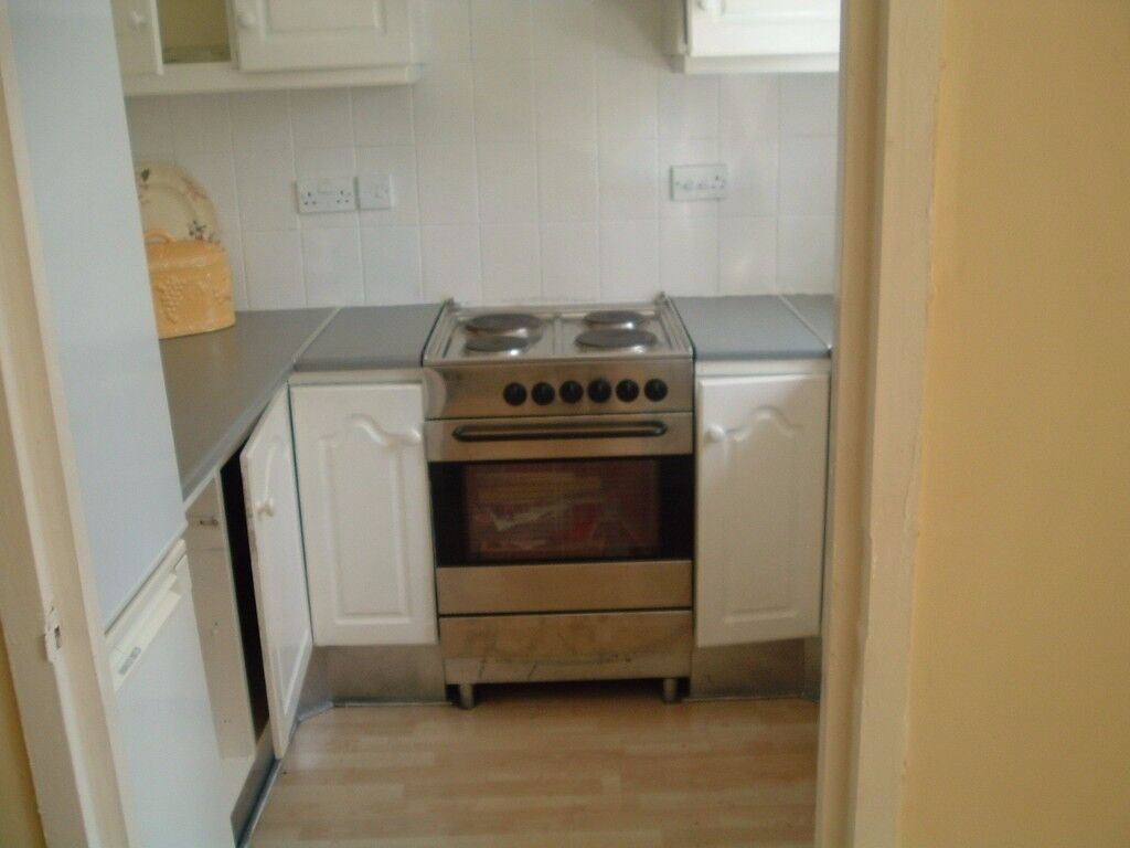 1 bed ground floor flat available to let