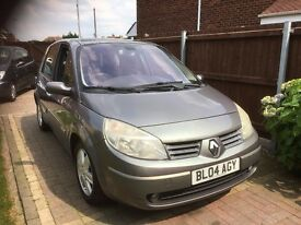 2004 renault megane scenic 1.6 petrol, moted 1/6/18 drives perfect, cheap family car
